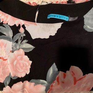 Alice + Olivia Floral Bell-Sleeve Blouse